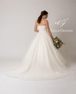 リサ アンド ジュリアーニ ウェディングドレス サラヴァン